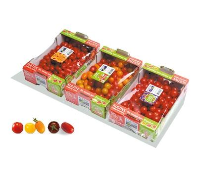 Cagettes en carton, contenant des barquettes de tomates-cerises apéros.