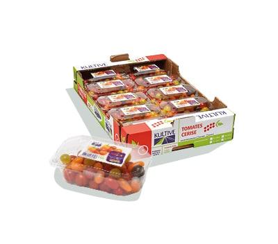 Cagette en carton contenant des barquettes de tomates-cerises mélangées.