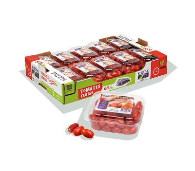 Cagette en carton, contenant les barquettes de tomates-cerises rouges et allongées.